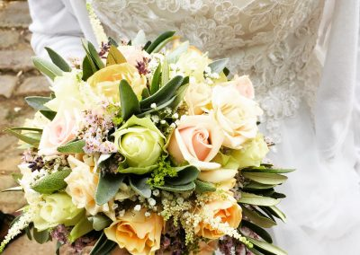 Lisas wunderschöne Brautstrauch